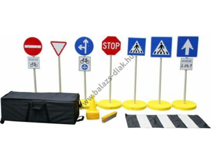 """""""Óriási-kresz"""" Kültéri közlekedési jelek teljes készlet"""